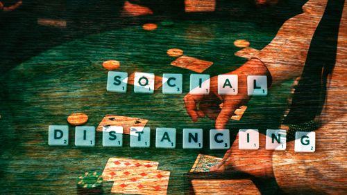 Apakah Dimungkinkan untuk Menjauhkan Live Poker secara Sosial?