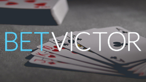 Taruhan Victor menghidupkan Seni bermain kartu