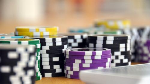 poker-on-screen-million-dollar-challenge