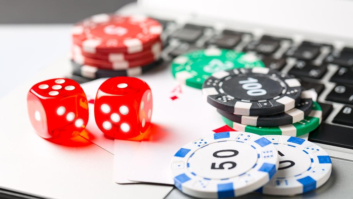 Michael Addamo kehilangan pot NLHE online terbesar dalam sejarah poker