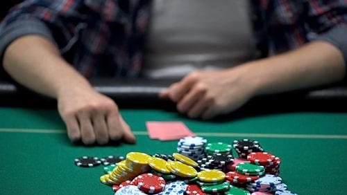 10 pemain poker paling sukses di acara langsung sejauh ini di tahun 2020