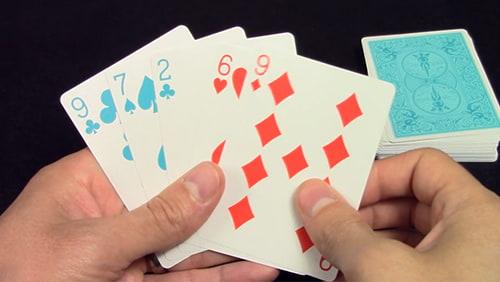 Bagaimana bermain Cribbage dapat meningkatkan permainan poker Anda