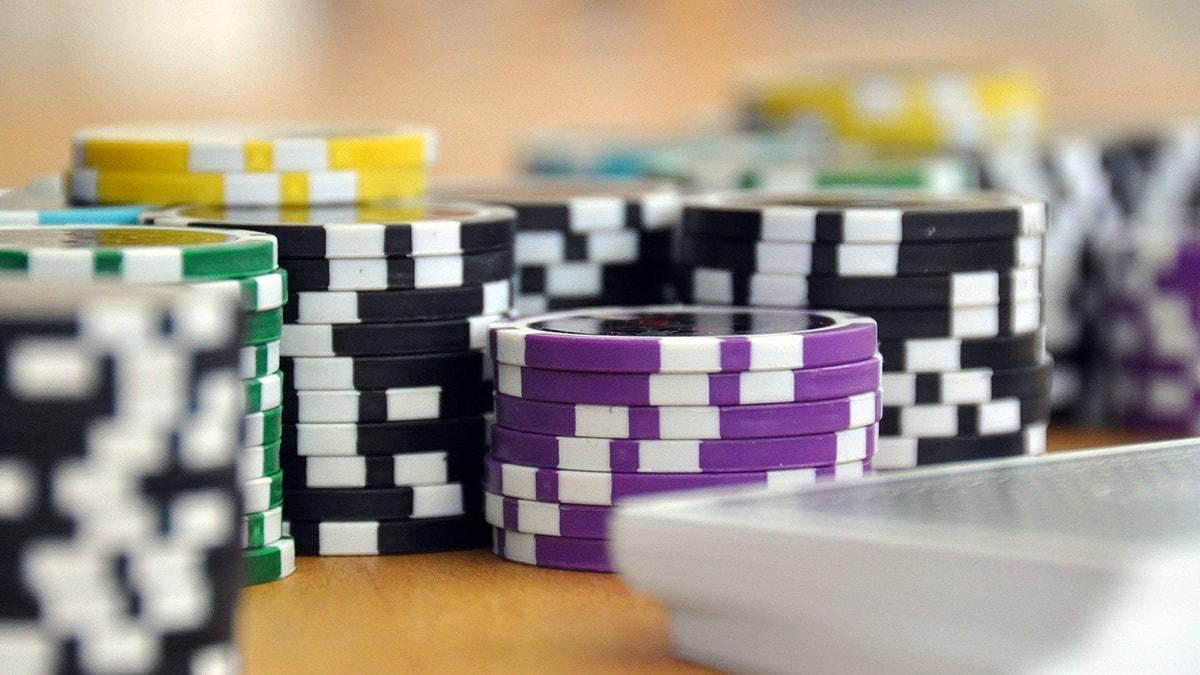 Diego Ventura memimpin pada hari 1b acara utama Pesta Poker Karibia