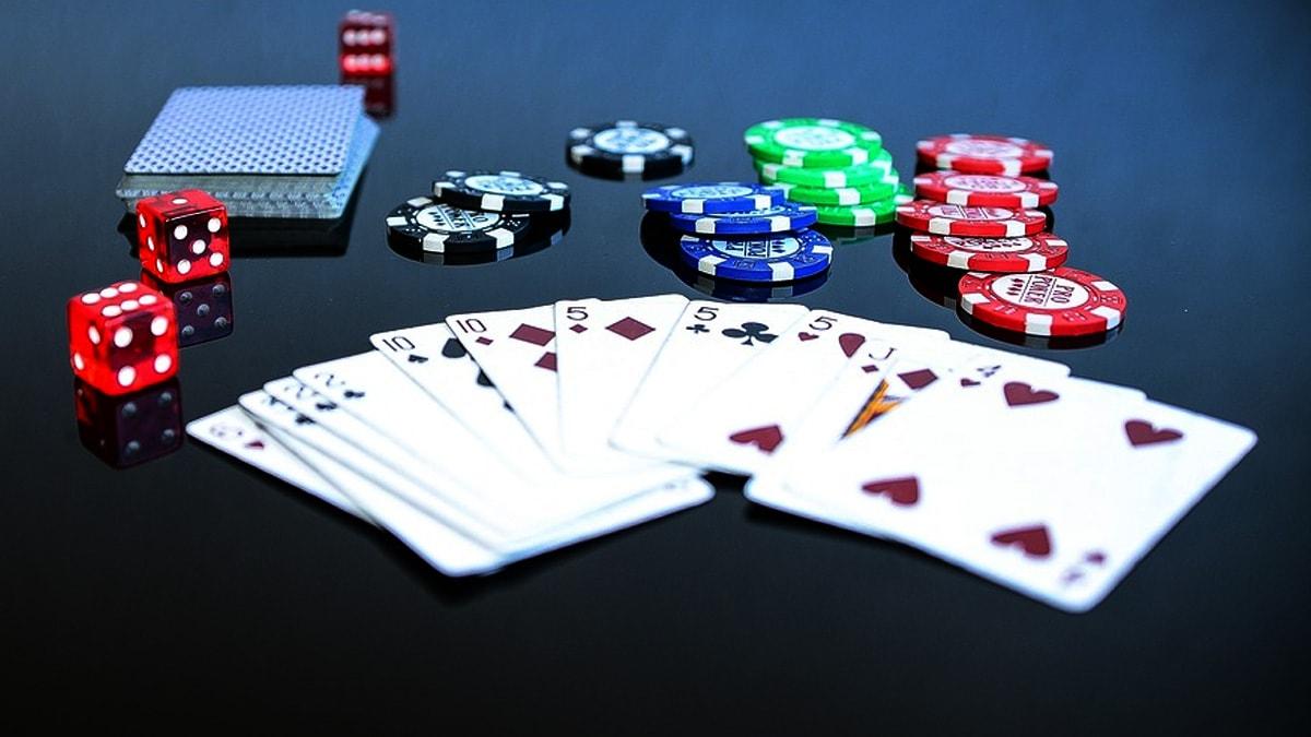 Brunno Botteon memimpin babak sembilan besar acara utama hybrid WSOP