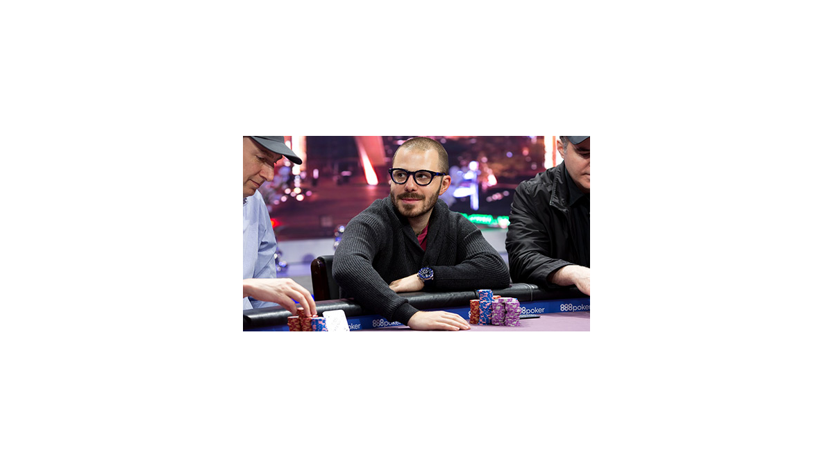 Idola poker - Dan Smith
