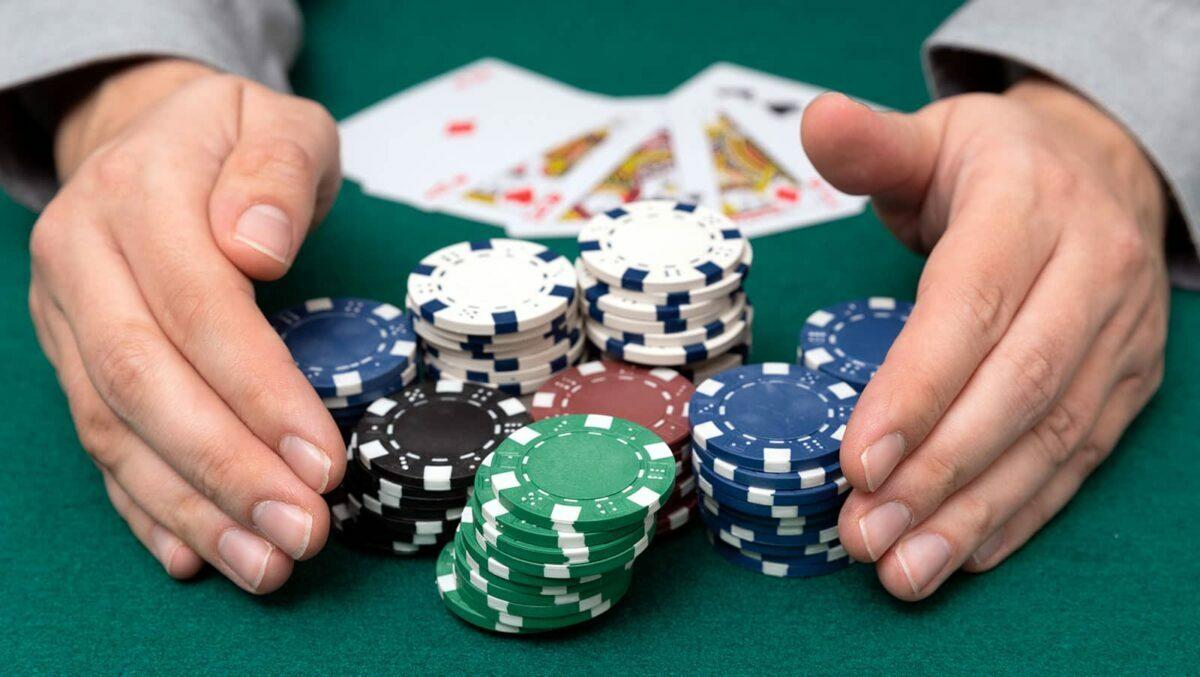 Timothy Adams memenangkan roller tinggi PokerStars blowout PKO seharga $ 167.591