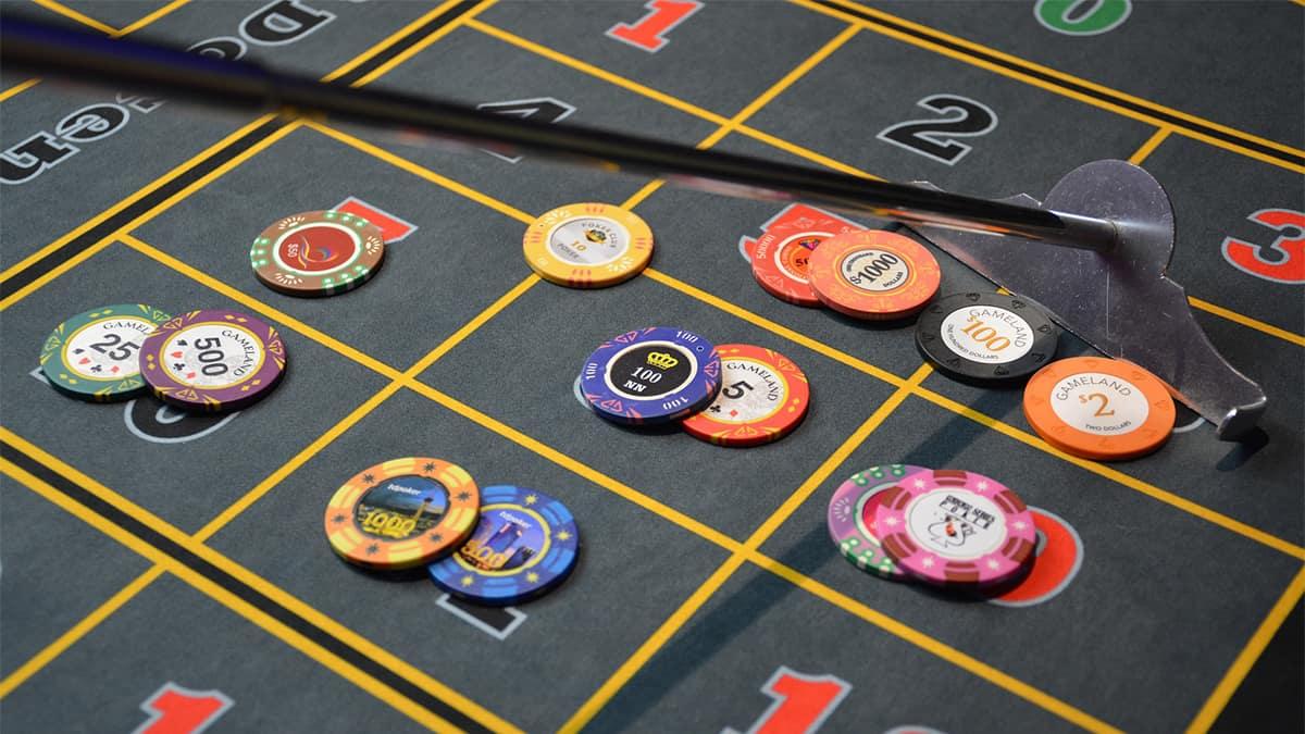 Tujuh kutipan poker tentang peningkatan diri untuk menginspirasi Anda